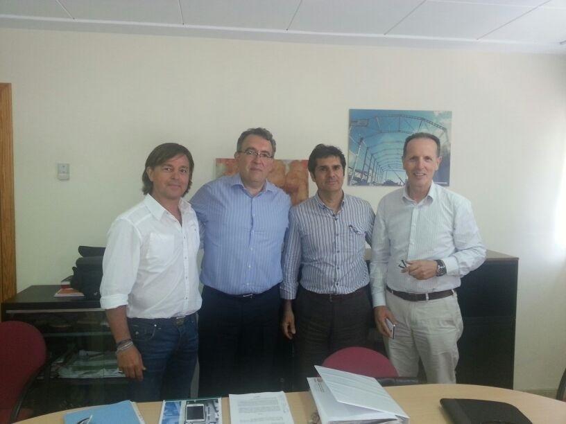 Firma  nuevo franquiciado SKALOP INCA